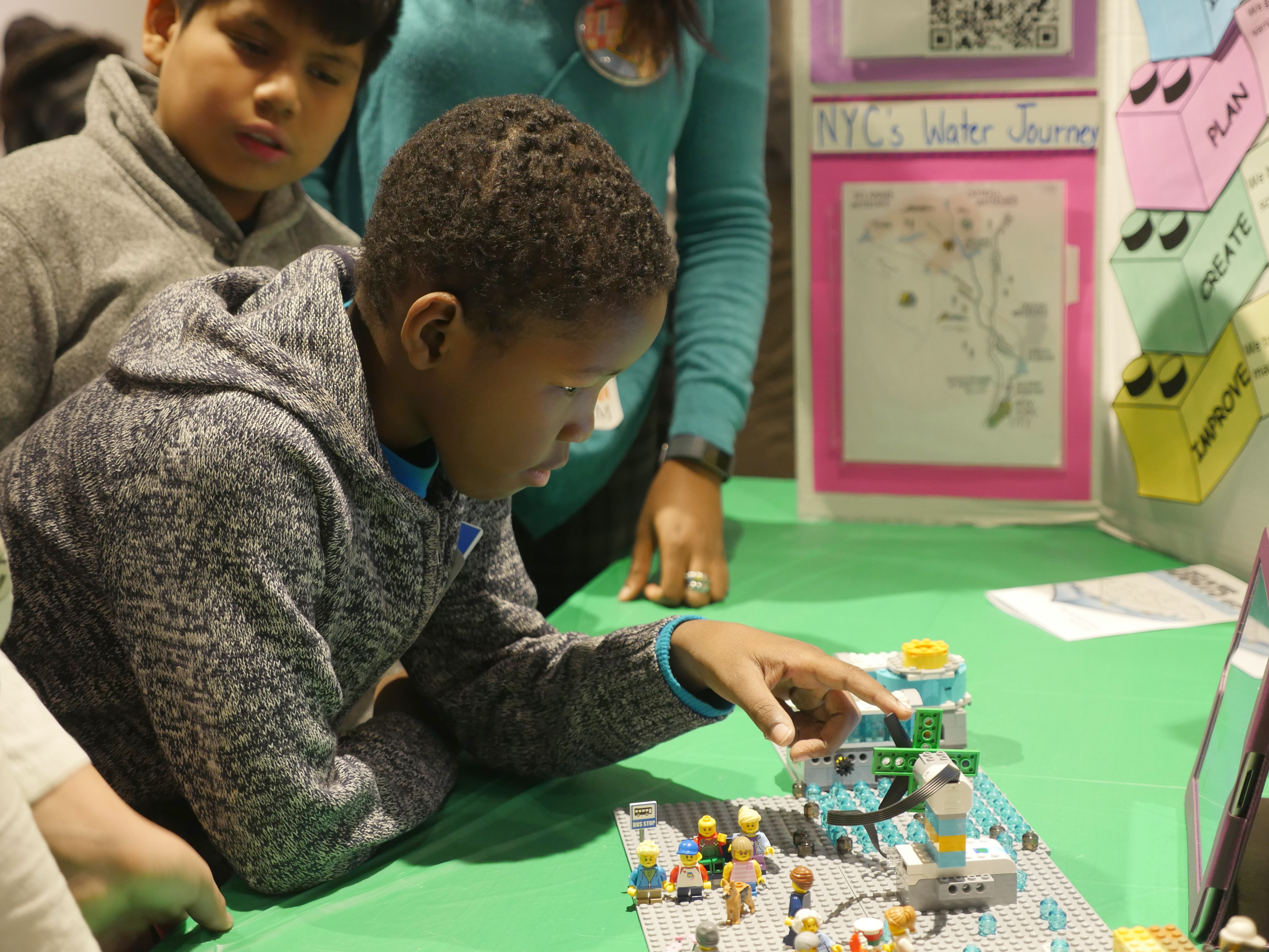 Students developing communication and collaboration skills using LEGO Education WeDo 2.0 sets
