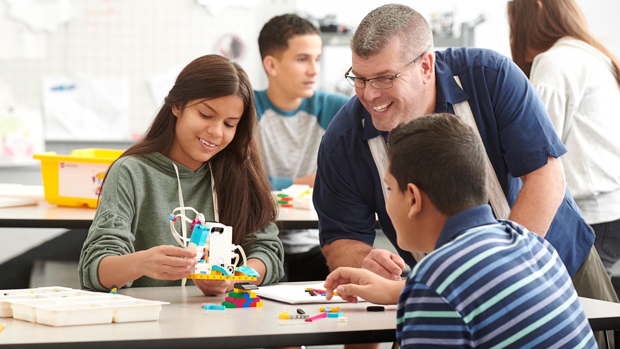 Дни программирования LEGO Education