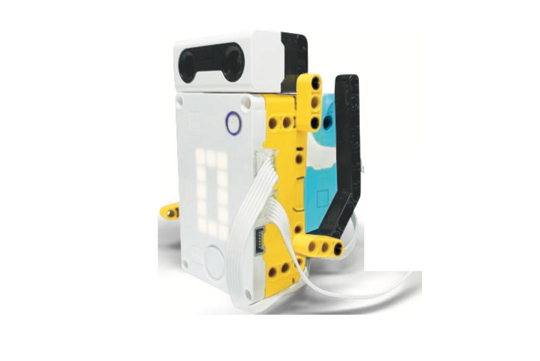 LEGO Education SPIKE Prime Waving Robot model