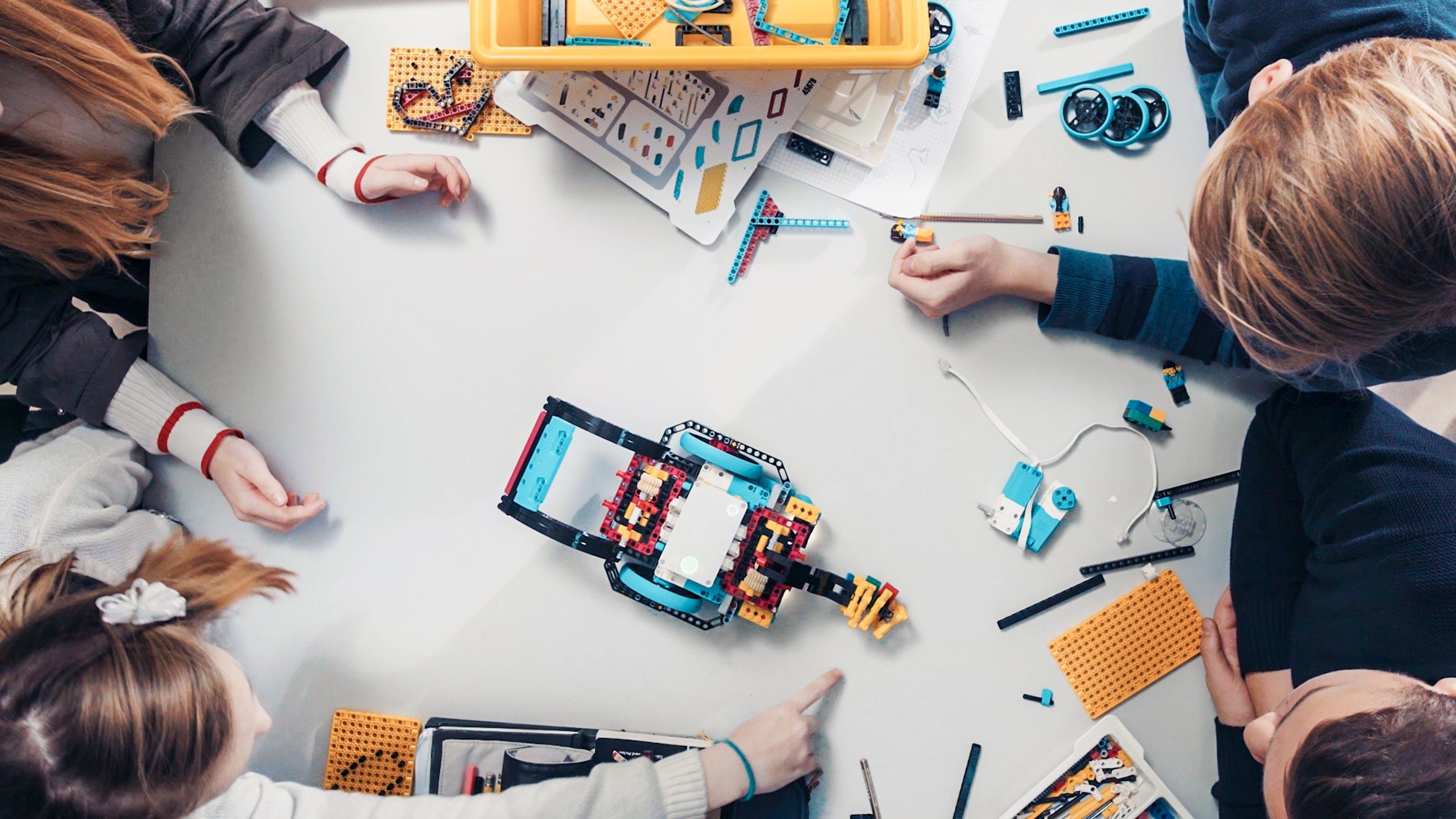 Meet LEGO® Education SPIKE™ Prime